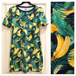 Old Navy Fitted Banana Print T-Shirt Dress - Sz S